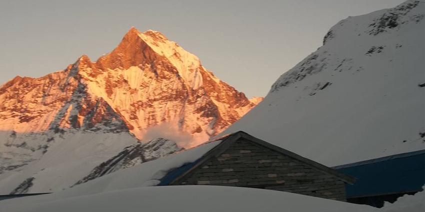 Mount Fishtail 6993 m