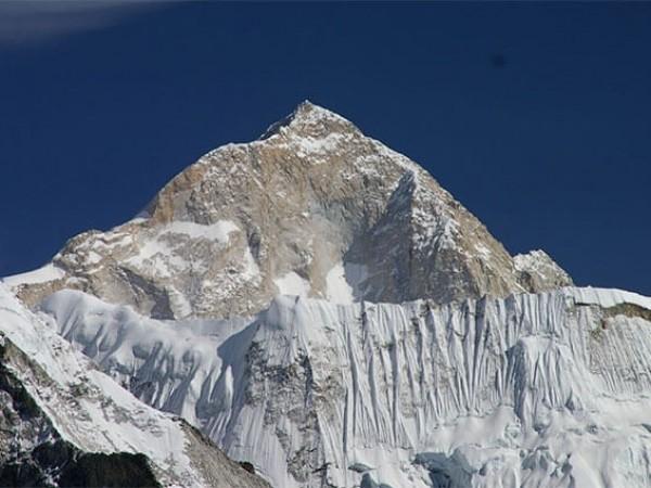 Mt. Makalu 8463 m.
